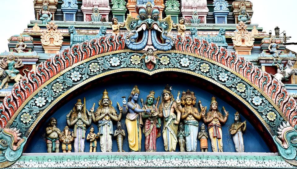 meenakshi 1576101 960 720 - INDIE POŁUDNIOWE: Kerala i festiwal Theyyam - wycieczka