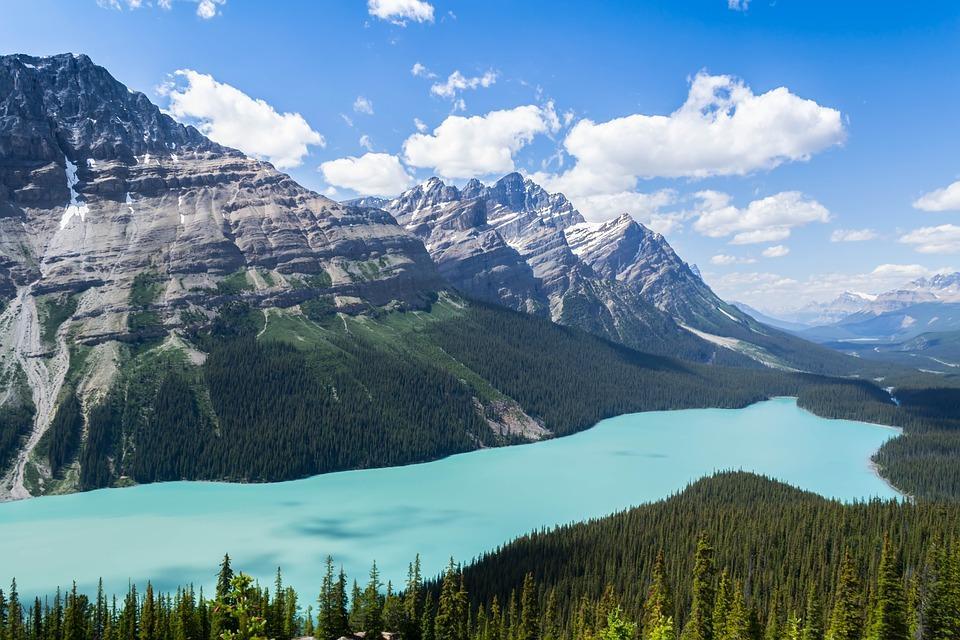 mountain 1272075 960 720 - KANADA: od Toronto po Vancouver