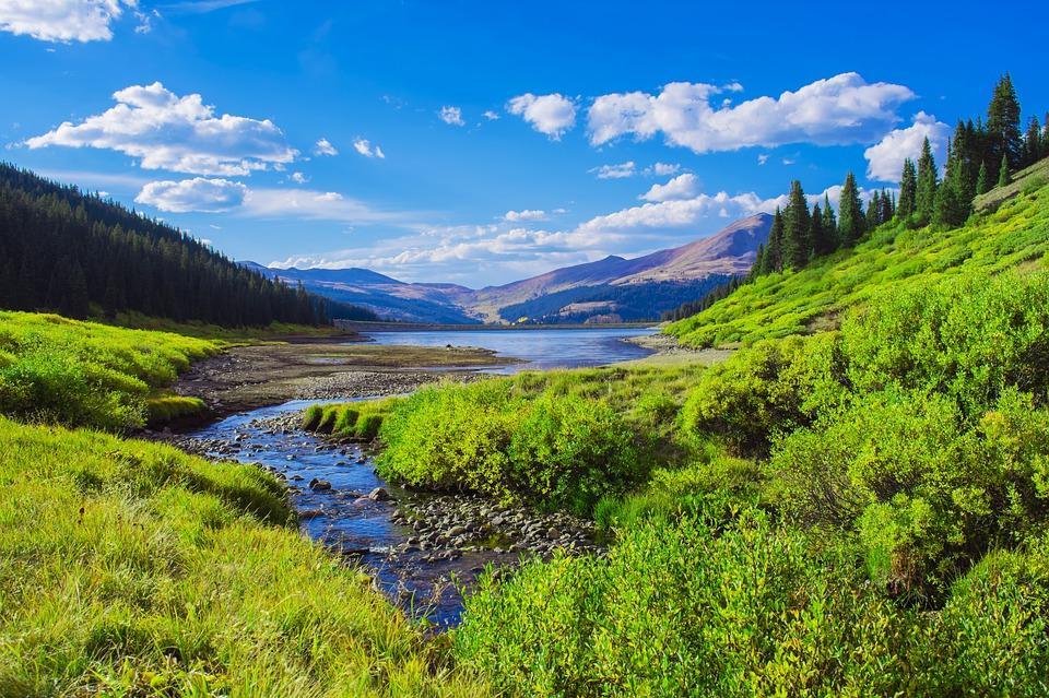 mountain valley 4331640 960 720 - KANADA: od Toronto po Vancouver