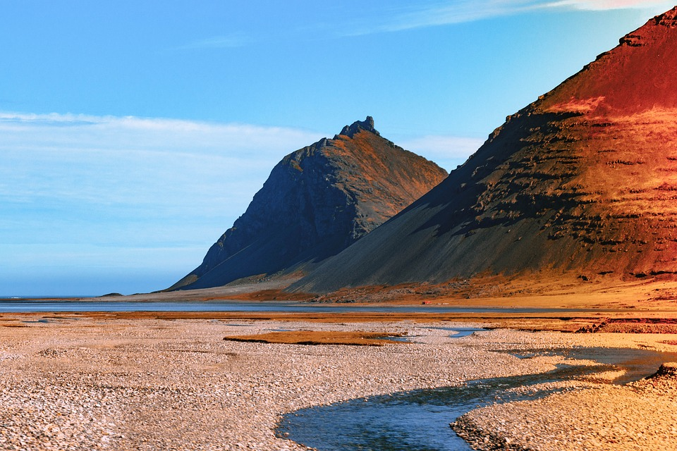 mountains 3599651 960 720 - ISLANDIA: magiczna wyprawa dookoła wyspy