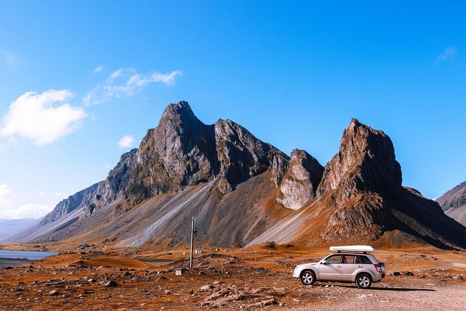 mountains 3599656 960 720 - ISLANDIA: magiczna wyprawa dookoła wyspy
