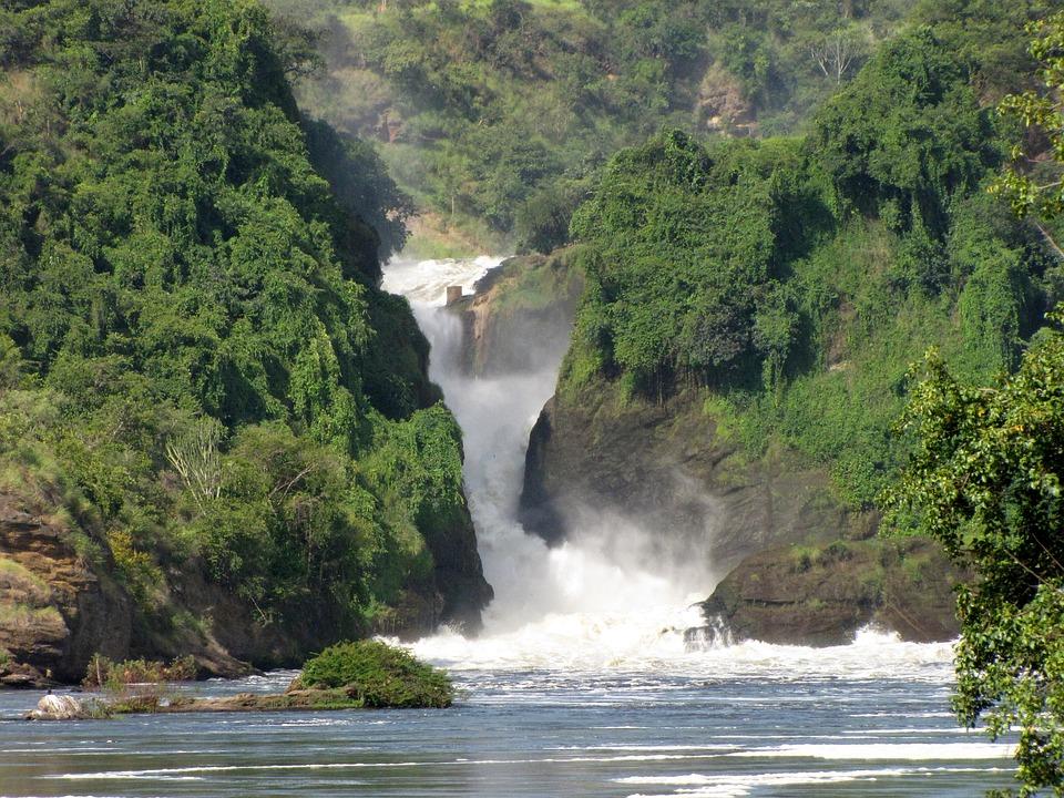 murchison falls 2298591 960 720 - RWANDA – UGANDA