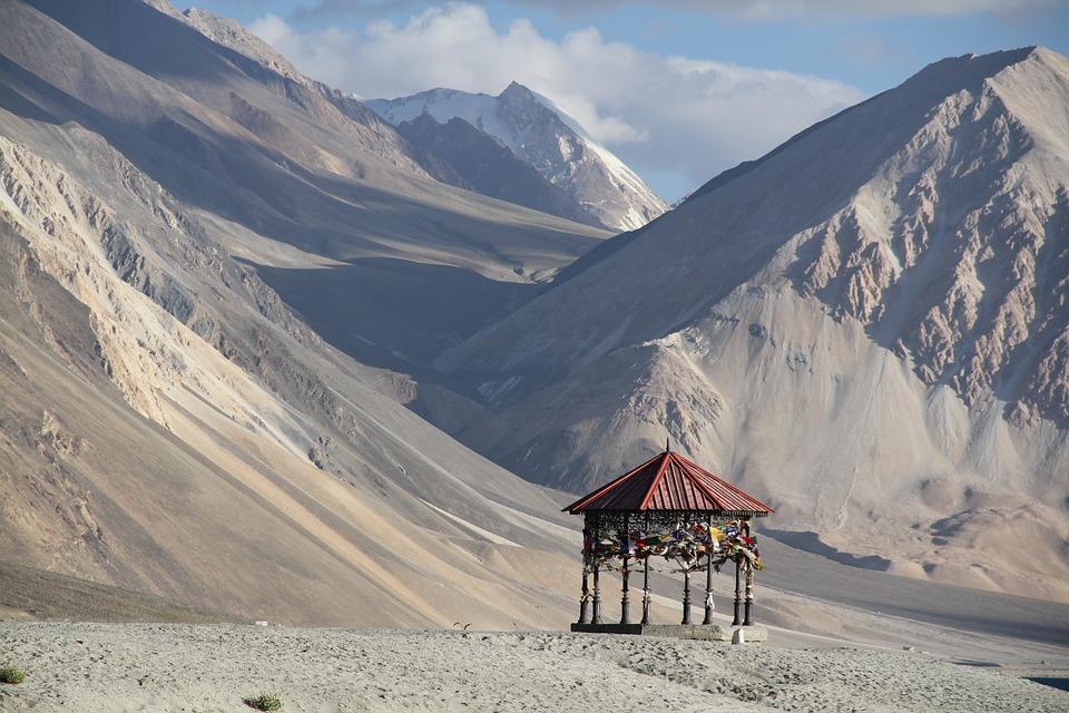 pangong tso 1650946 960 720 - INDIE - Ladakh – Kaszmir: wyprawa na Festiwal Hemis Tsechu