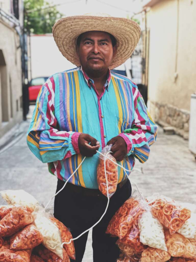 polox hernandez lRpTgmEsuXc unsplash 768x1024 - MEKSYK: PÓŁNOC I POŁUDNIE – 22 DNI