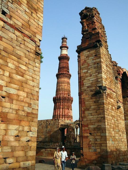 qutb minar 381475 960 720 1 - INDIE - Ladakh – Kaszmir: wyprawa na Festiwal Hemis Tsechu