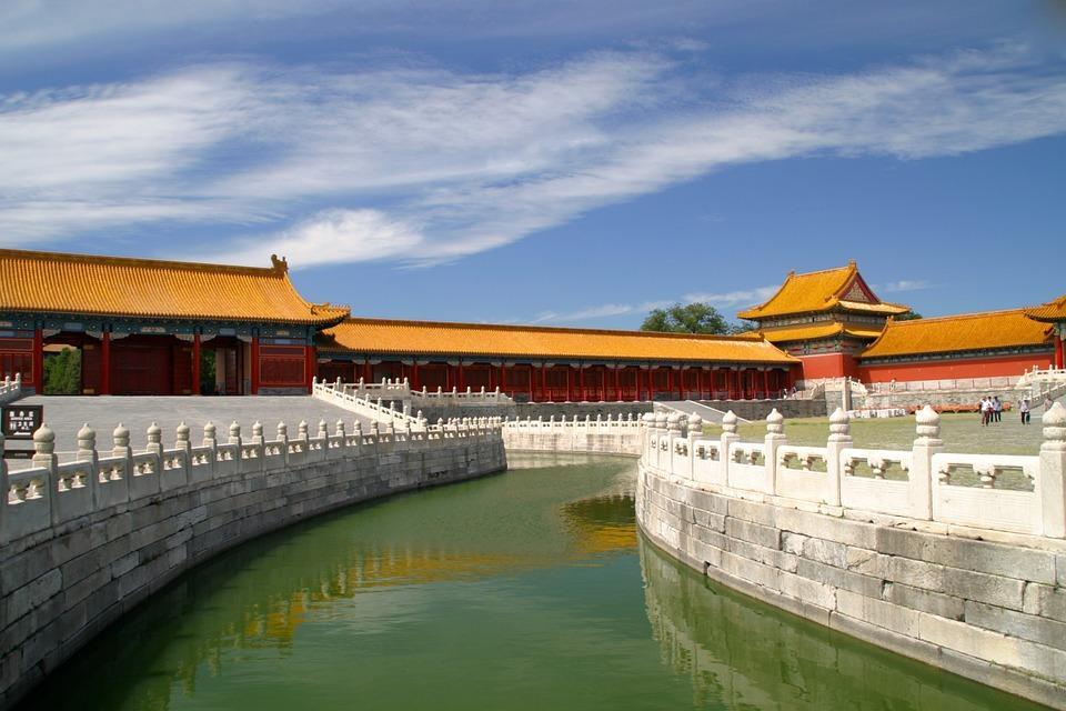 roof 1028255 960 720 - CHINY: Największe atrakcje Państwa Środka – Góry Tęczowe, rejs po Jangcy, Park Zhangjiajie