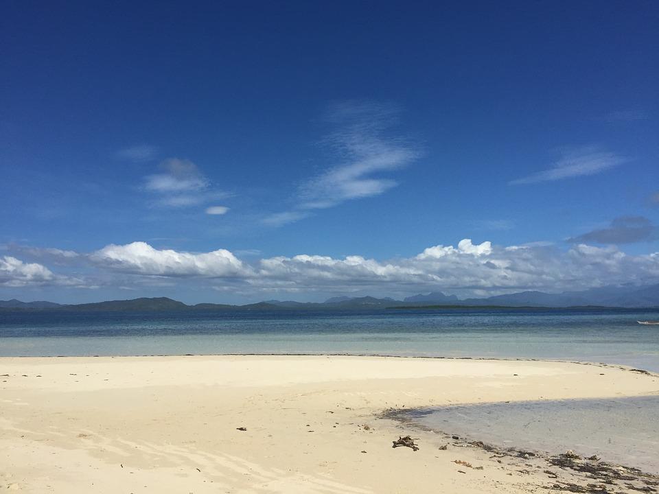 sandy beach 1227350 960 720 - FILIPINY: Bohol, Cebu, El Nido, Palawan, Manila i tarasy ryżowe Bangaan - wycieczka
