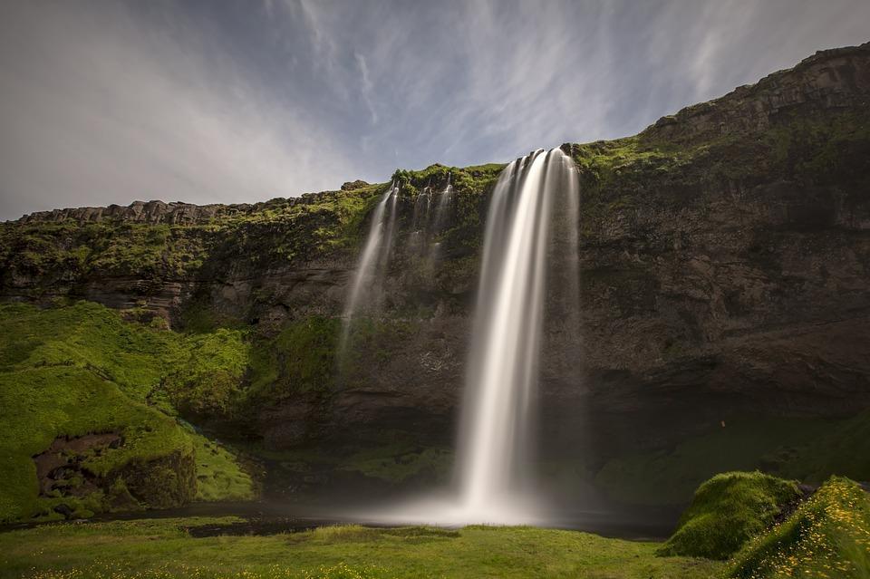 seljalandsfoss 1207958 960 720 - ISLANDIA: magiczna wyprawa dookoła wyspy