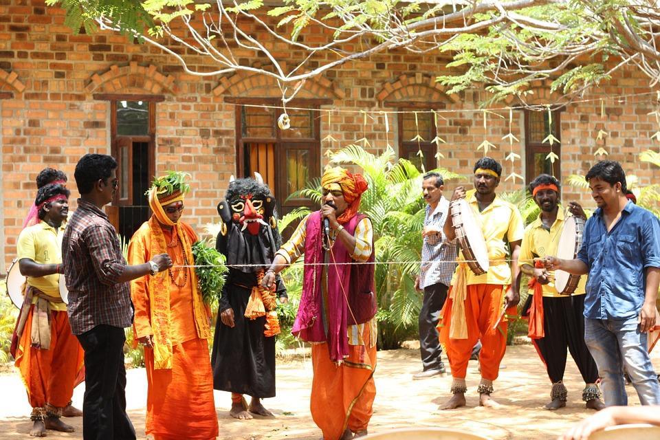 street magic 586370 960 720 - INDIE POŁUDNIOWE: Kerala i festiwal Theyyam - wycieczka