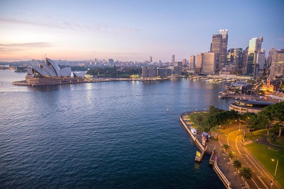 sydney opera house 354376 960 720 - AUSTRALIA z Tasmanią: kangury, psy dingo, diabły tasmańskie i misie koala – wyprawa