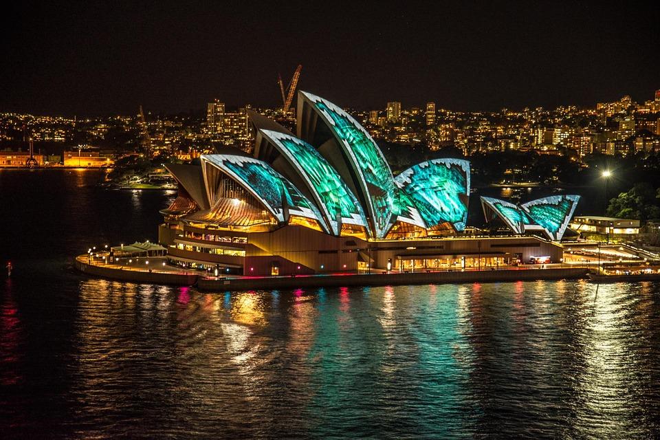 sydney opera house 373144 960 720 - AUSTRALIA z Tasmanią: kangury, psy dingo, diabły tasmańskie i misie koala – wyprawa