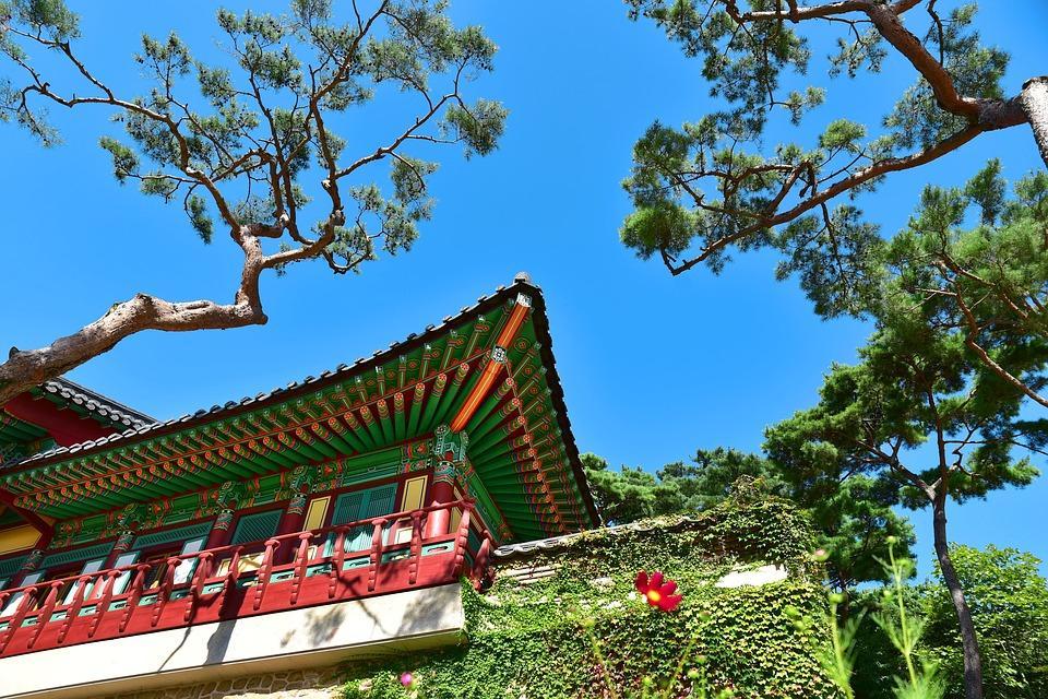 temple 2804716 960 720 - KOREA POŁUDNIOWA z WYSPĄ JEJU – wyprawa na Festiwal Lampionów w Seulu