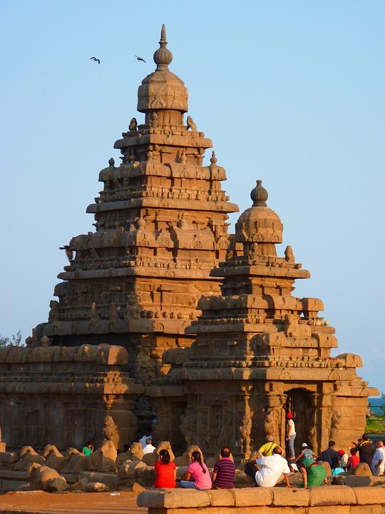 temple 51967 960 720 - INDIE POŁUDNIOWE: Kerala i festiwal Theyyam - wycieczka