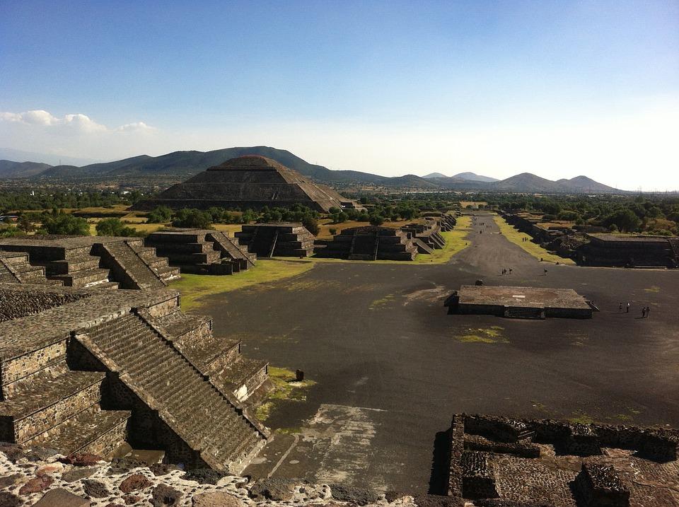 teotihuacan 1340799 960 720 - MEKSYK PÓŁNOCNY: Barrancas del Cobre i Festiwal Dia de los Muertos