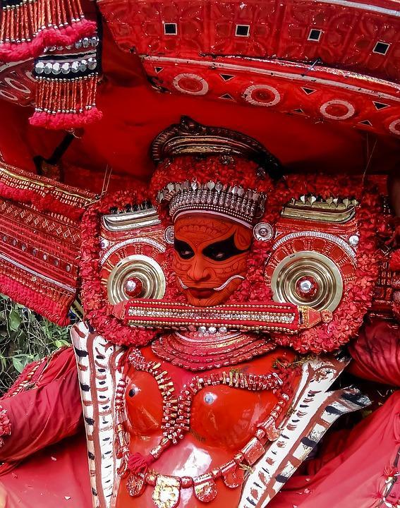 theyyam 2314340 960 720 - INDIE POŁUDNIOWE: Kerala i festiwal Theyyam - wycieczka