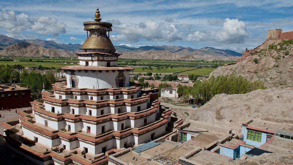 tibet 694639 960 720 - TYBET: niezwykła wyprawa na Festiwal Shoton