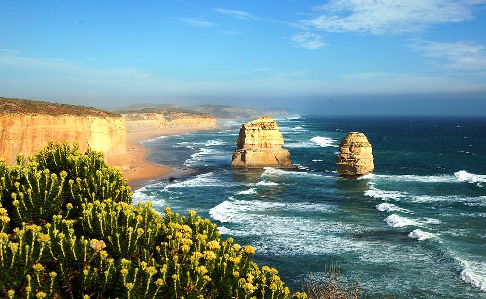 twelve apostles 587818 960 720 - AUSTRALIA z Tasmanią: kangury, psy dingo, diabły tasmańskie i misie koala – wyprawa