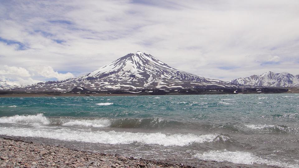 volcan maipo and diamond lake 970095 960 720 - ARGENTYNA: obserwacja wielorybów na Półwyspie Valdes