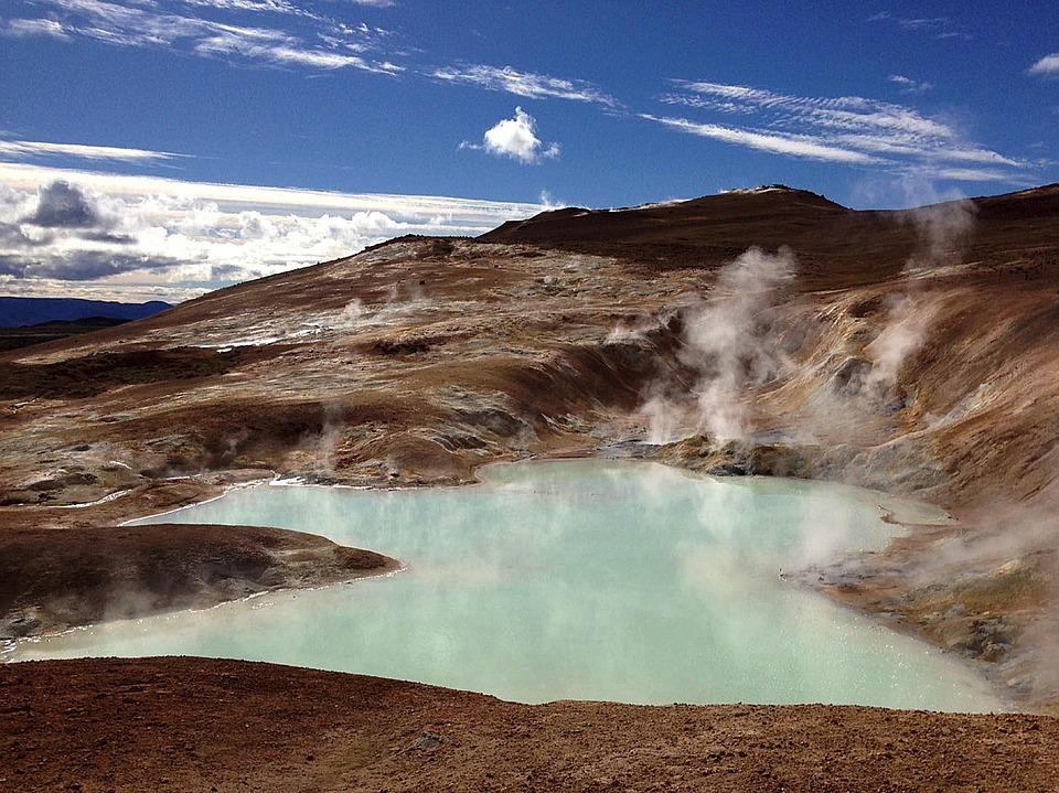 volcano 1644524 960 720 - ISLANDIA: magiczna wyprawa dookoła wyspy