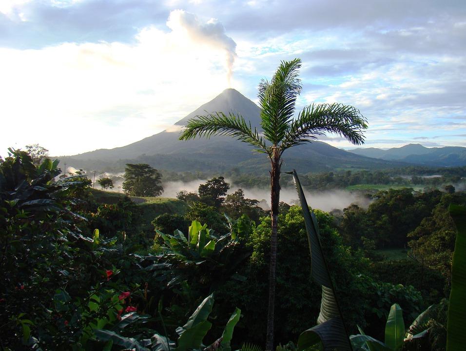 volcano 718277 960 720 - 8 KRAJÓW AMERYKI ŚRODKOWEJ