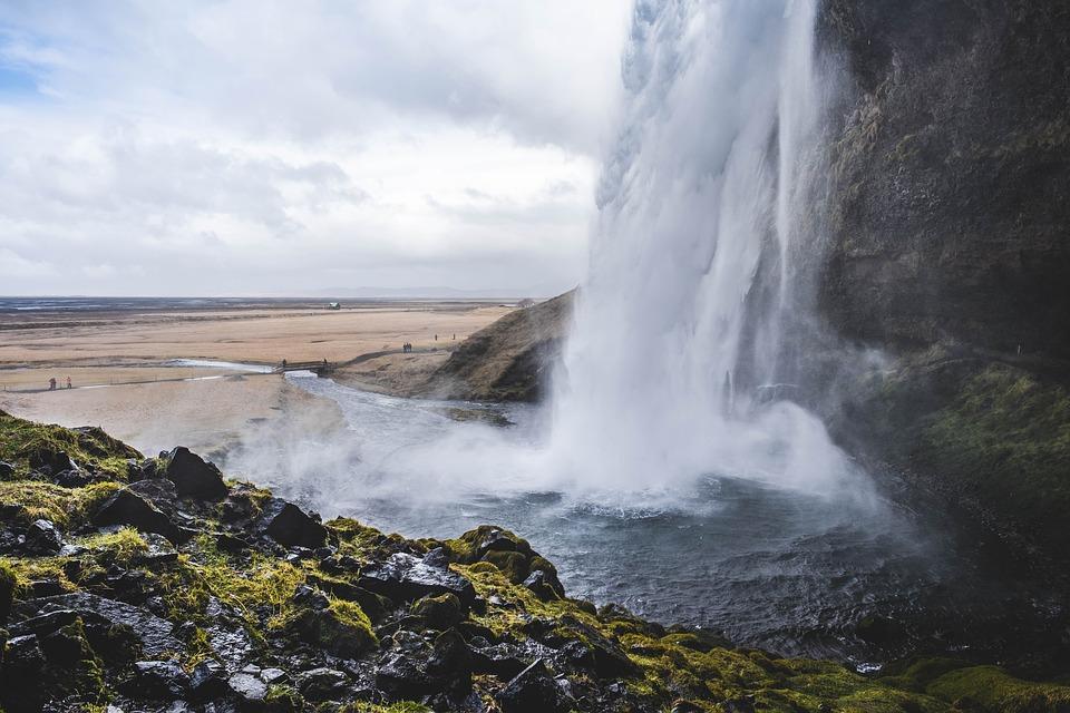 water 3021650 960 720 - ISLANDIA: magiczna wyprawa dookoła wyspy