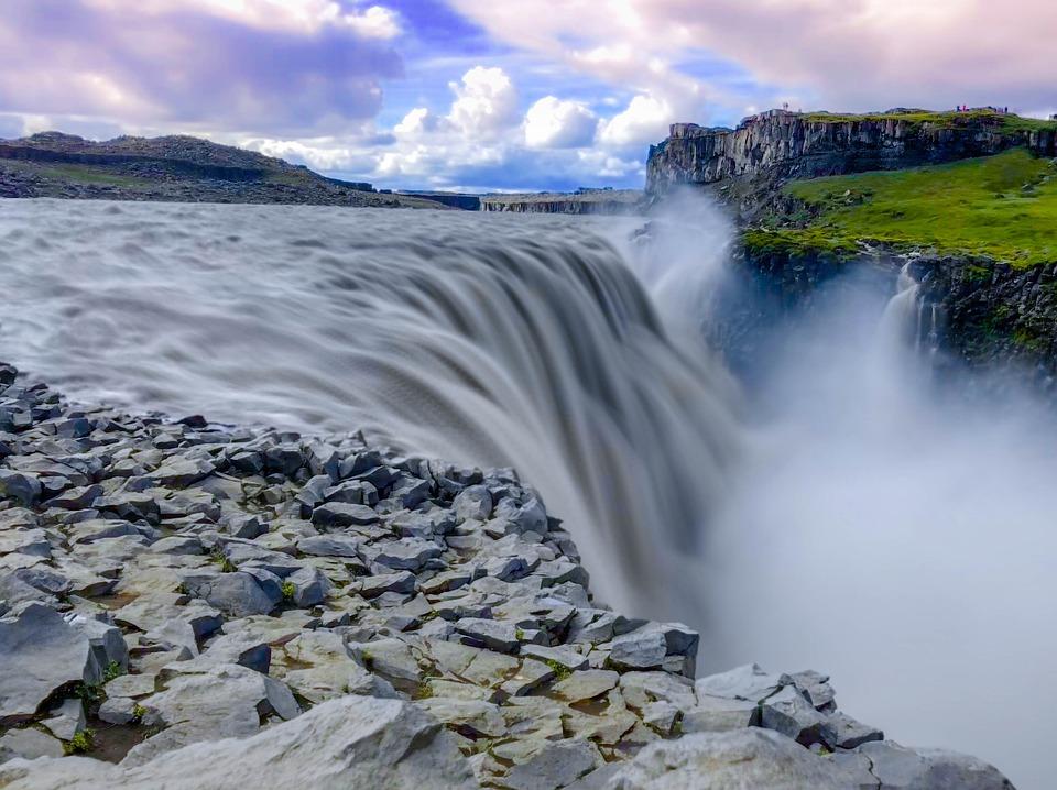 waterfall 3592028 960 720 - ISLANDIA: magiczna wyprawa dookoła wyspy