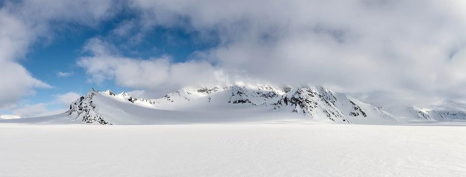 snow 965524 960 720 - SPITSBERGEN: wyspa na dachu świata – wyprawa