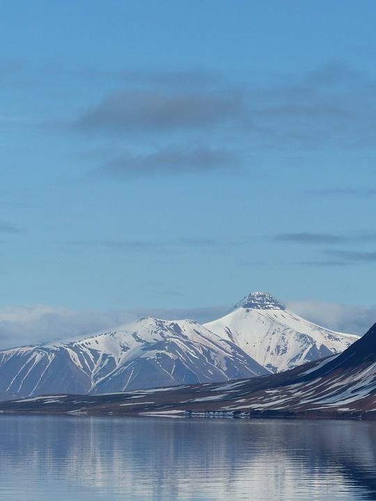spitsbergen 970121 960 720 - SPITSBERGEN: wyspa na dachu świata – wyprawa