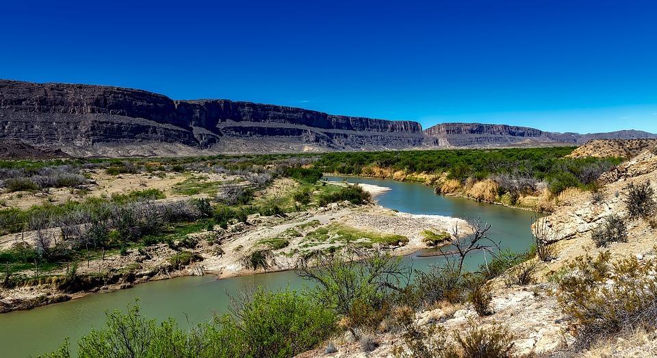 rio grande river 1584102 960 720 - USA: Teksas, Nowy Meksyk i Arizona