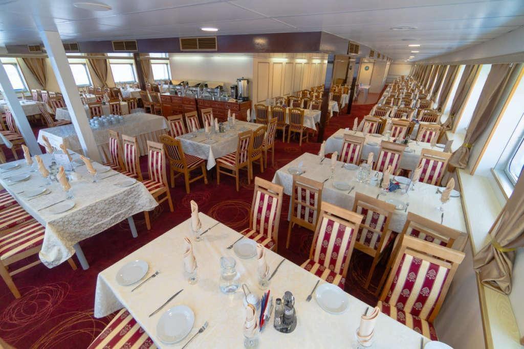 10 Moonlight Sonata Restaurant 1 1024x683 - ROSJA: od Moskwy do Petersburga – luksusowy rejs po Wołdze