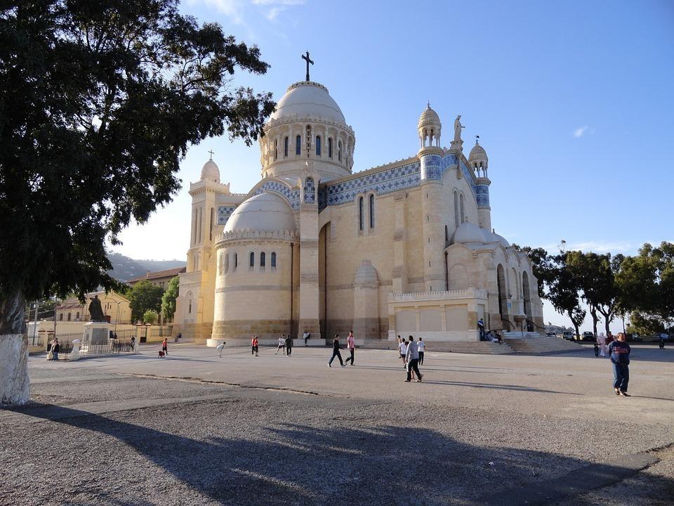 algiers 563687 960 720 - ALGIERIA: wyprawa na Festiwal Sebeiba