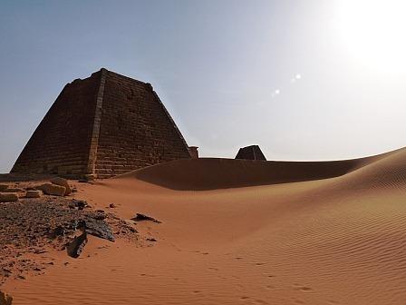 8 8 2 - SUDAN PÓŁNOCNY: Zrozumieć Potęgę Nilu