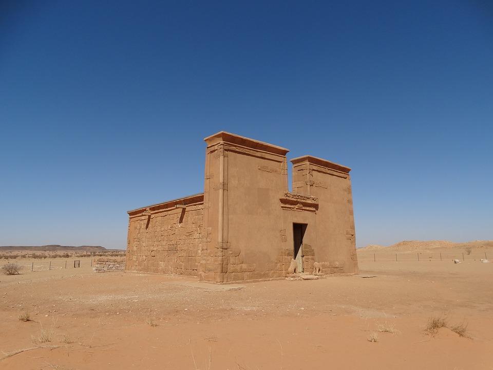 khartoum 3050444 960 720 1 - SUDAN PÓŁNOCNY: Zrozumieć Potęgę Nilu
