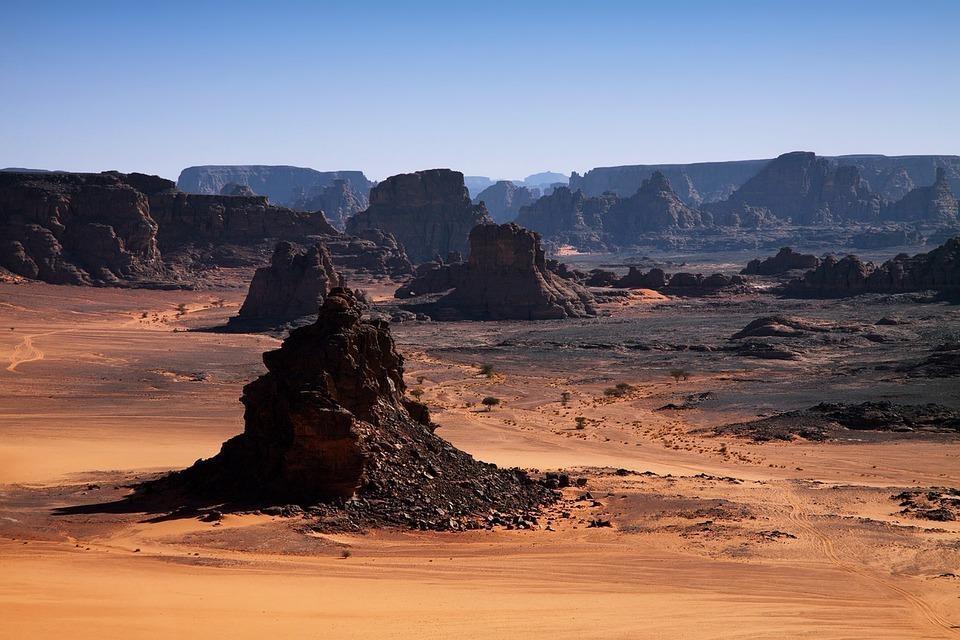 rock 3317904 960 720 - ALGIERIA: antyczna północ i prehistoryczne południe - wycieczki do Algierii