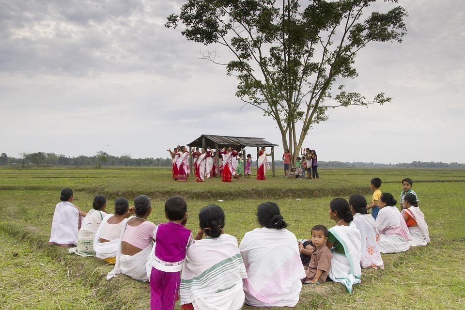 bihu 169920 960 720 - INDIE: Assam i Nagaland - Plemiona Naga i Festiwal Hornbill