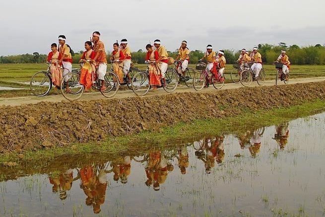 bihu 169921 960 720 001 - INDIE: Assam i Nagaland - Plemiona Naga i Festiwal Hornbill