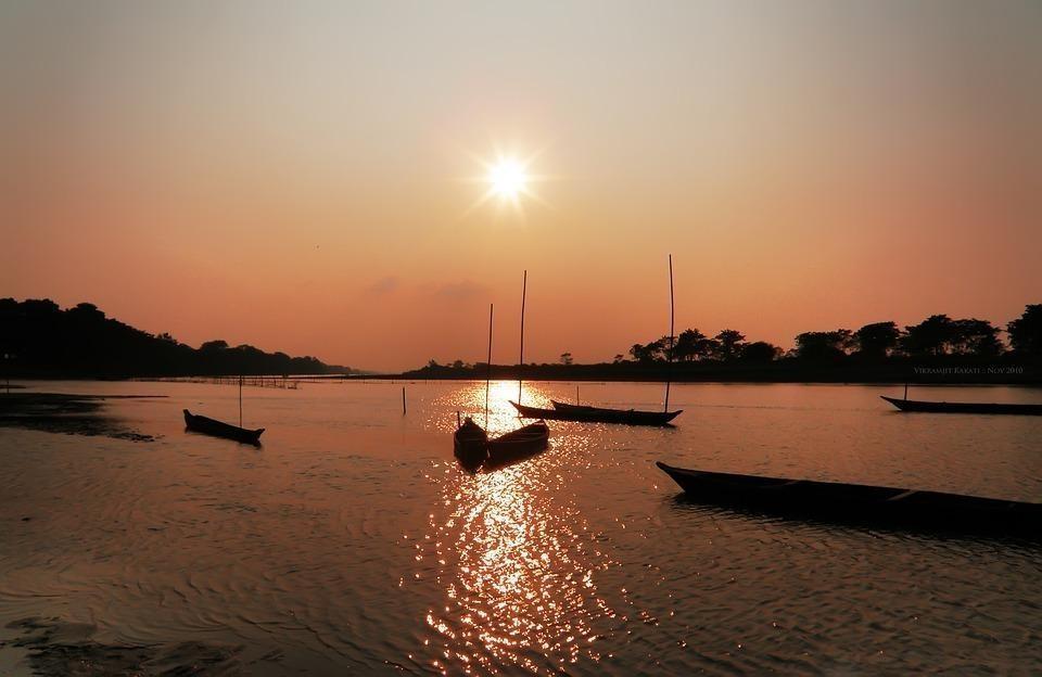 sunset 169925 960 720 - INDIE: Assam i Nagaland - Plemiona Naga i Festiwal Hornbill