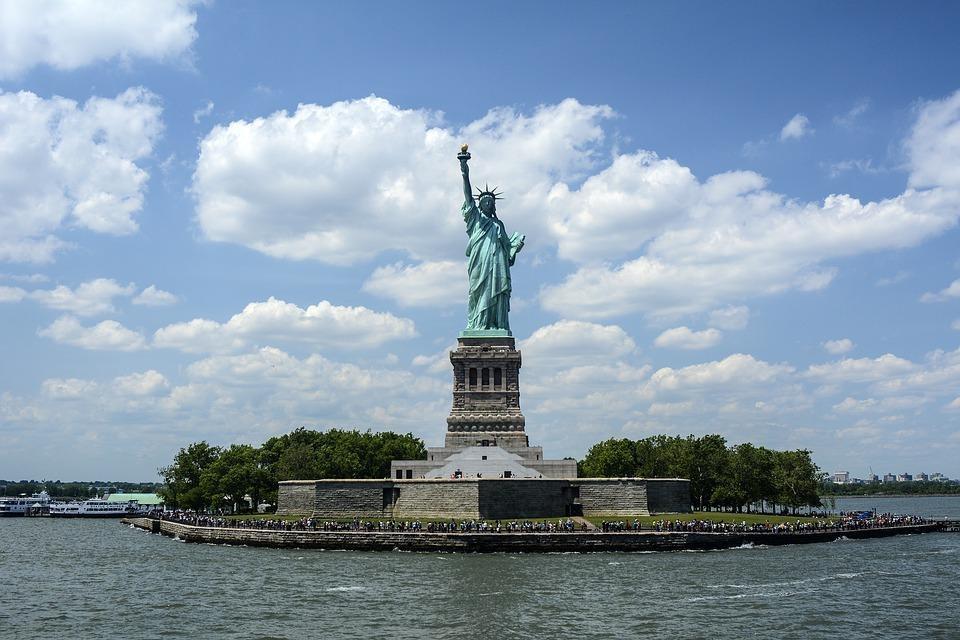 statue of liberty 1075752 960 720 - USA i KANADA: wzdłuż i wszerz!