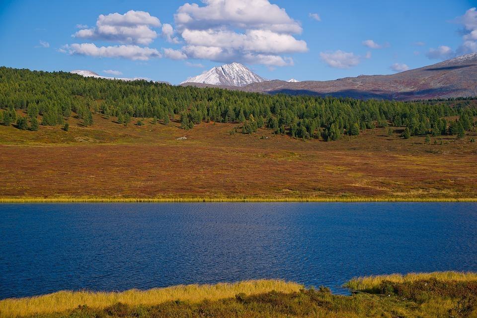lake 3046965 960 720 - ROSJA: Krasnojarsk, Norylsk i Rezerwat Putorana – rejs po Jeniseju