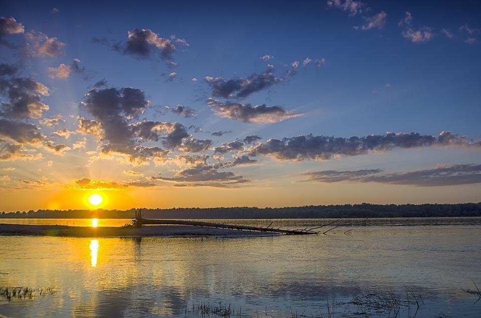 sunset 1747291 960 720 - ROSJA: Krasnojarsk, Norylsk i Rezerwat Putorana – rejs po Jeniseju