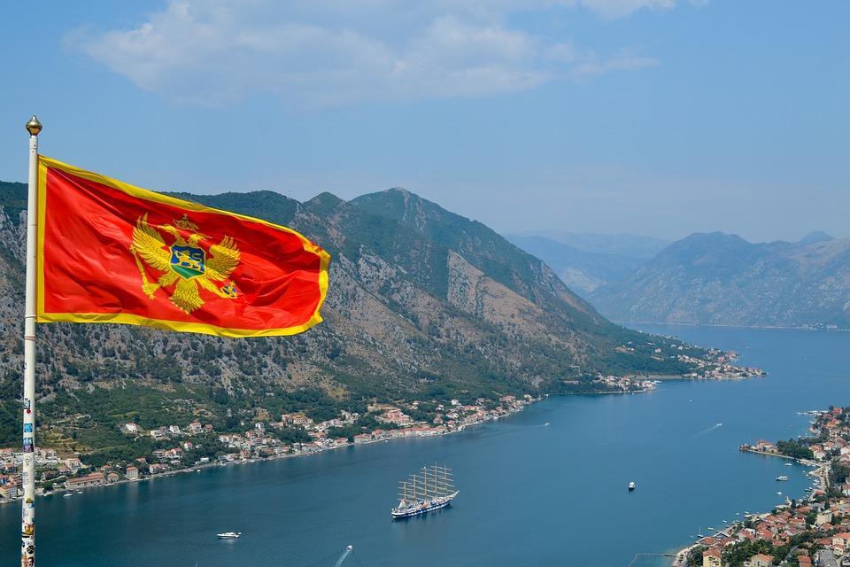 travel 3187685 960 720 - Bałkańska przygoda – Albania, Macedonia, Czarnogóra i Kosowo