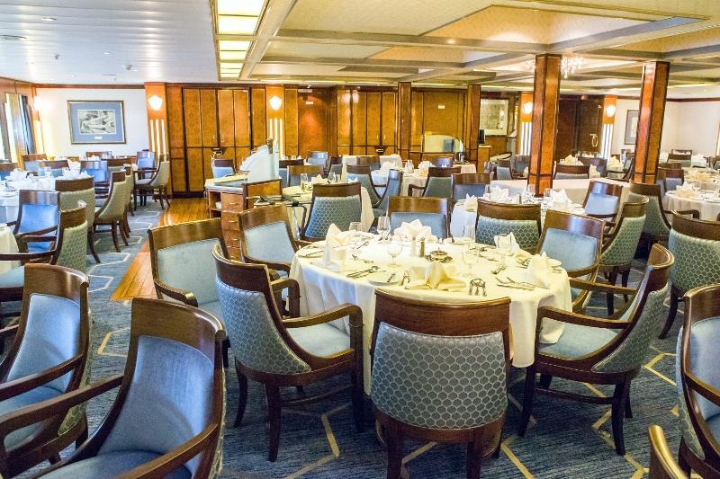 restaurant 2s - Spitsbergen, Grenlandia i Islandia – rejs arktyczny