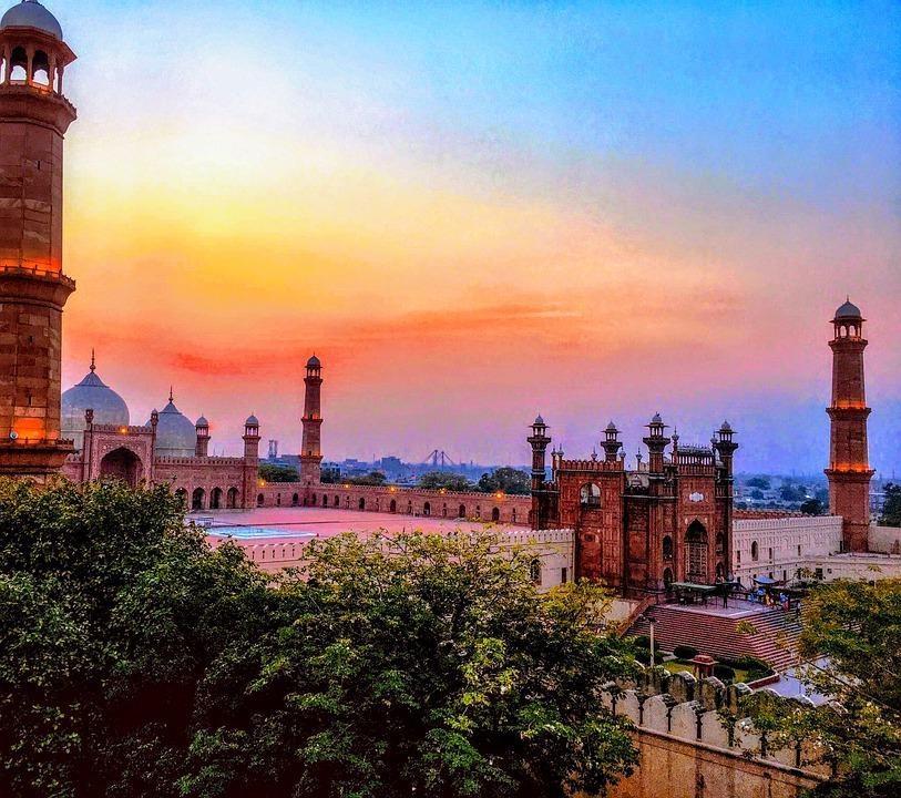 mosque 4432476 960 720 - PAKISTAN - północ i południe