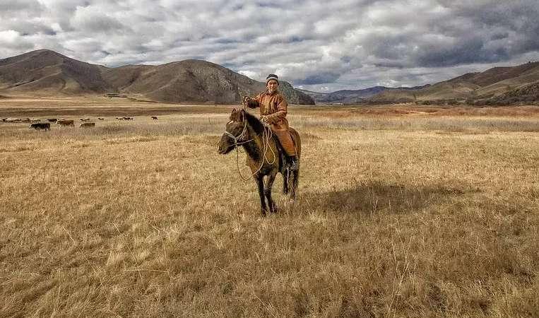 ROSJA - MONGOLIA: Jezioro Bajkał i skarby Mongolii