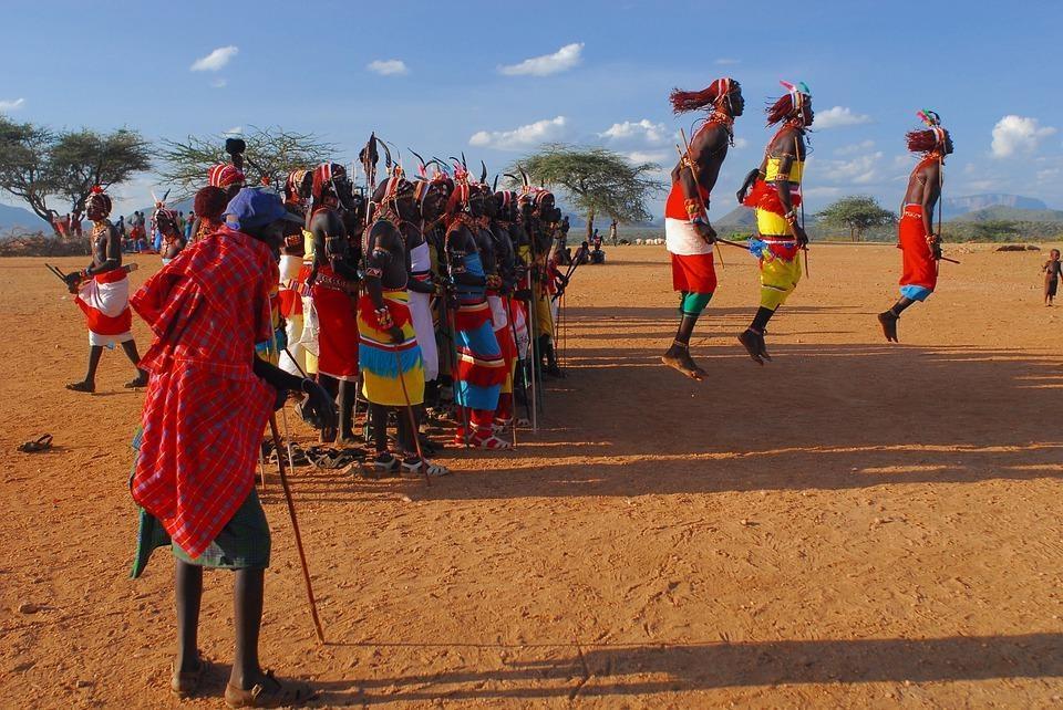 samburu 4435362 960 720 - KENIA: Masai Mara, Jezioro Naivasha i Rezerwat szympansów w Ol Pejeta