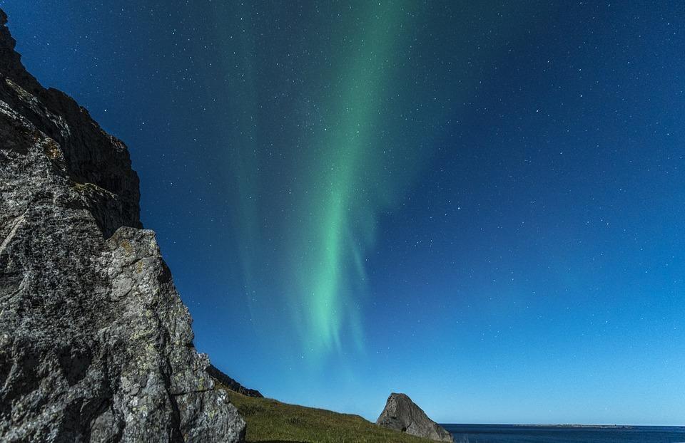 aurora borealis 1018656 960 720 - NORWEGIA: zorza polarna na Lofotach