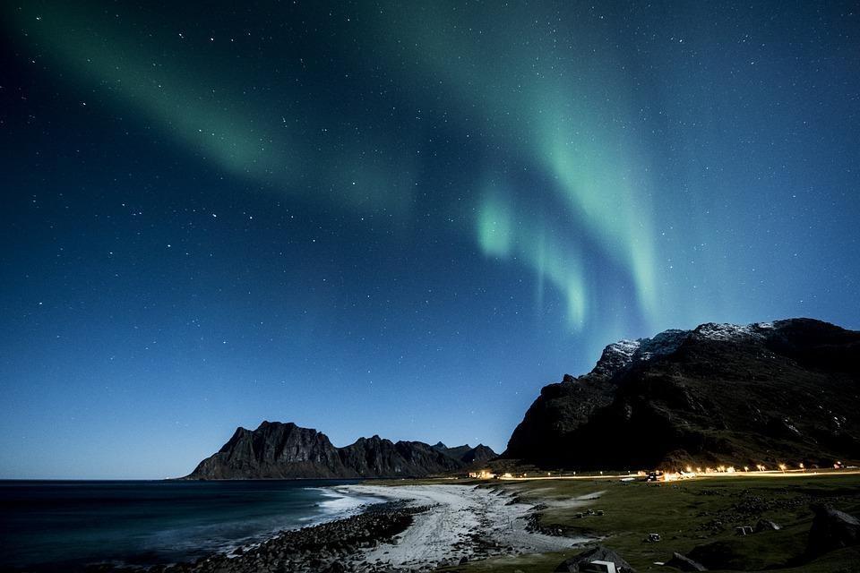 aurora borealis 1032517 960 720 - NORWEGIA: zorza polarna na Lofotach