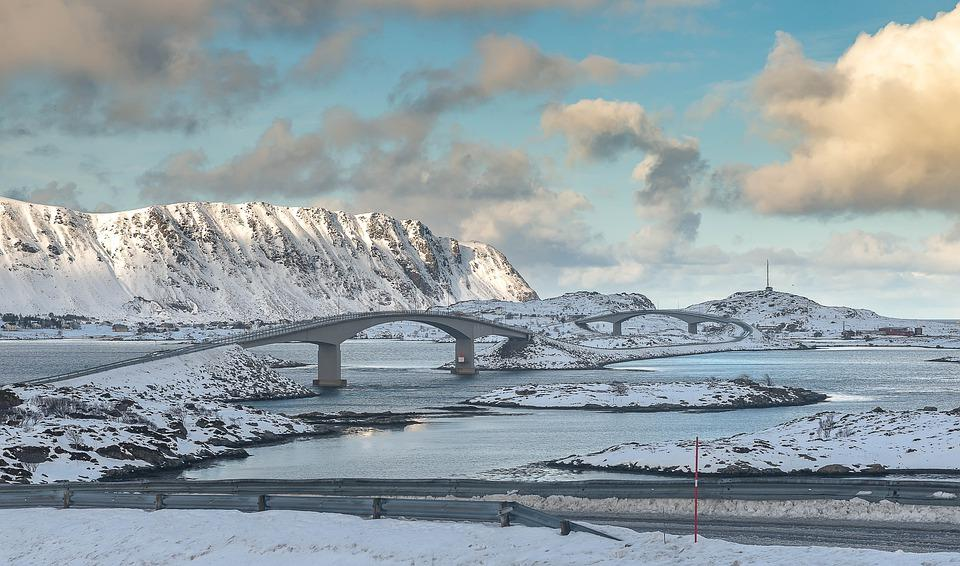 europe 4962712 960 720 - NORWEGIA: zorza polarna na Lofotach