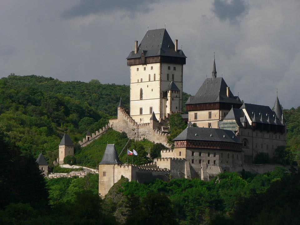 castle 1096069 960 720 - CZECHY: wycieczka objazdowa