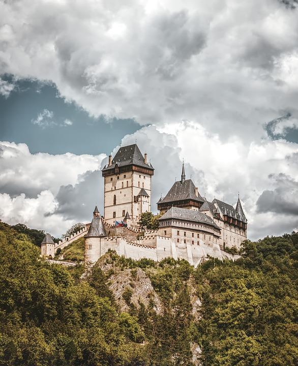 castle karl stone 3557915 960 720 - CZECHY: wycieczka objazdowa